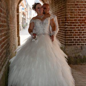 portrait de mariés dans remparts